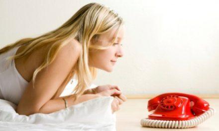 Και δεν χτυπάει το τηλέφωνο…! Πώς αντιδρούν τα ζώδια, όταν περιμένουν τηλεφώνημα;