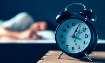 Το πιο απλό κόλπο για να νικήσετε την αϋπνία σε 5 λεπτά