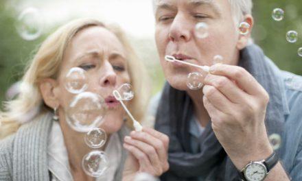 Η κρίση ηλικίας των ζωδίων:  Πόσο εύκολα ή δύσκολα συμβιβάζονται με τον χρόνο;