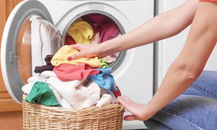 Τι να προσέξετε στο πλύσιμο των ρούχων των παιδιών