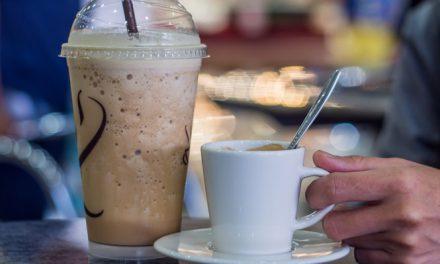 Το… σοκ της ημέρας: Πόσες θερμίδες έχει ο καφές που πίνετε